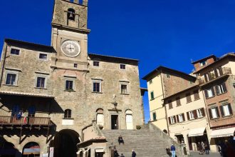 La piazza principale di Cortona