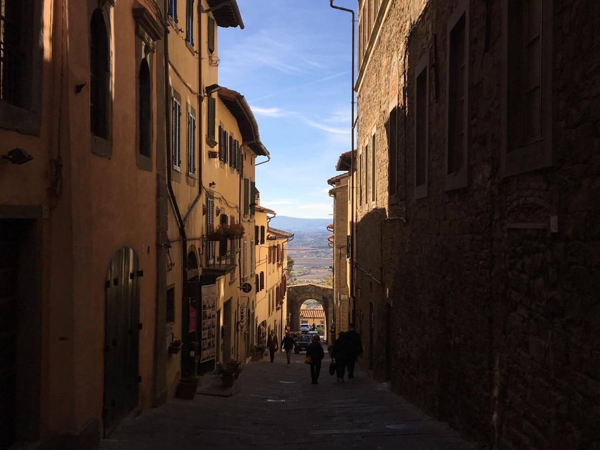 Le strade e i vicoli di Cortona