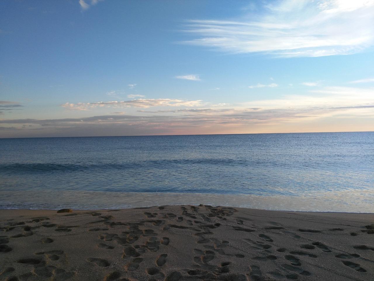 La spiaggia della Riserva Naturale Salina dei Monaci a Manduria