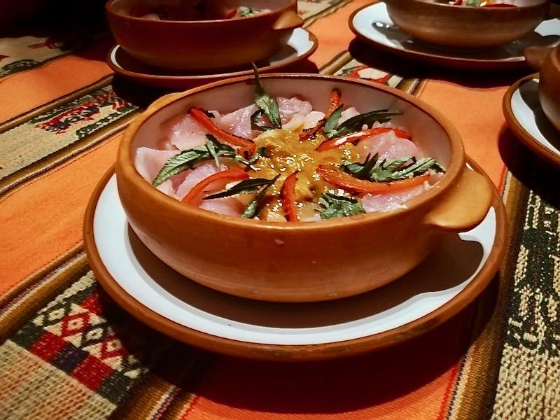 Il ceviche è uno dei piatti più rinomati della cucina peruviana