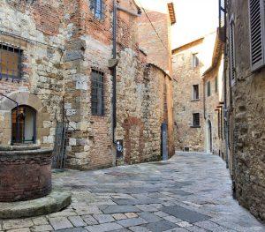 Le strade e i vicoli di Montepulciano